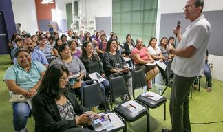 Spanish-language forum sheds light on mental health services - and how they can help